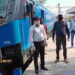 भारतीय रेलवे का यह इंजन 120 किलोमीटर प्रतिघंटा की अधिकतम रफ्तार से दौड़ सकता है।