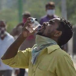 पटना में इस साल सड़कों पर अभी तक प्याऊ का इंतजाम नहीं किया गया है। (प्रतीकात्मक तस्वीर)