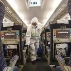 राजधानी एक्सप्रेस के टीटीई के कोरोना से संक्रमित मिलने के बाद विभाग में हड़कंप मचा है।
