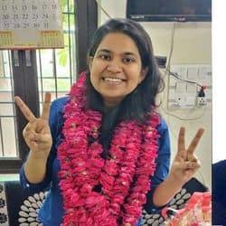 आगरा की नेहा बंधु और टीकम सिंह को यूपीएससी परीक्षा में सफलता मिली.