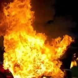 पटना के रामकृष्णनगर इलाके में गैस सिलेंडर फटने से भाई-बहन जख्मी हुए.