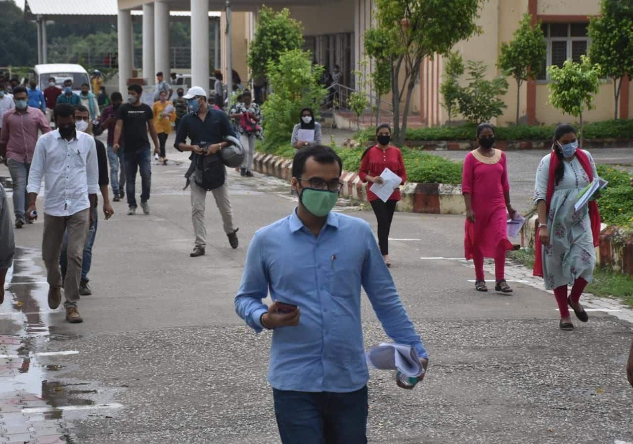 कल बीएचयू ने एमबीए की प्रवेश परीक्षा आयोजित की थी.