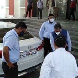 उत्तर प्रदेश के चिकित्सा स्वास्थ्य के प्रमुख सचिव निरीक्षण के लिए काशीराम अस्पताल पहुंचे.