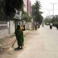 इंदौर के नगर निगम आयुक्त का सफाई व्यवस्था पर कड़ा रुख