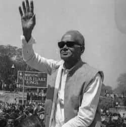 जयंती विशेष: जब गांधी मैदान में जेपी नारायण की दहाड़ ने हिल गईं थी इंद्रा