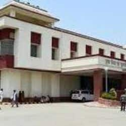 बीएचयू का चिकित्सा विज्ञानं संसथान देगा दिल्ली के एम्स को टक्कर