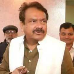 आगरा में भाजपा नेता ने सांसद के हस्ताक्षर करके ठगी की. फोटो- सांसद एसपी सिंह बघेल.