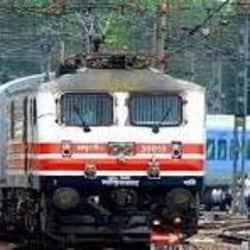 रेलवे स्टेशनों पर आने-वाले यात्रियों के मनोरंजन के लिए भारतीय रेल बोर्ड ने की नई पहल