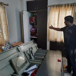 मुजफ्फरपुर में दुर्गा पूजा में गए परिवार के घर से चोरों ने 30 लाख रुपए उड़ाए.