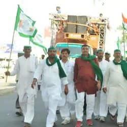 भारतीय किसान यूनियन के नेता (फाइल फोटो)