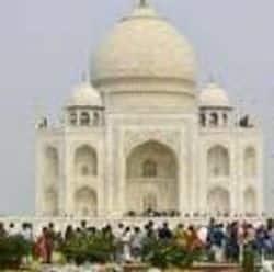 बीते रविवार दोपहर 12 बजे तक सरे टिकट ख़तम हो गए जिसके कारण कई सरे पर्यटकों को मायूस लौटना पड़ा