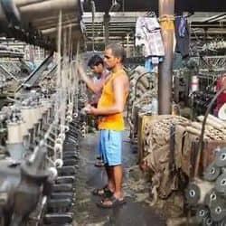 20 की बजाए 5 श्रमिकों वाले कारखाने के श्रमिकों को मिल पाएगे सरकारी योजनाओं के लाभ.