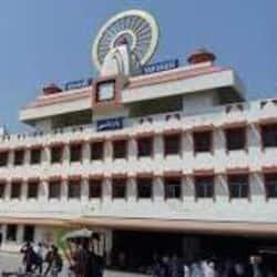 स्टाम्प एवं पंजीयन मंत्री रवींद्र जायसवाल ने कहा रेलवे स्टेशनों का विकास बहुत ज़रूरी है
