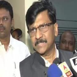 संजय राउत ने लव जिहाद पर कहा कि पहले नीतीश कानून लागू करें फिर हम महाराष्ट्र के लिए सोचेंगे.
