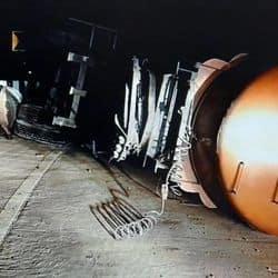 लालसोट जयपुर बाईपास पर पलटा टैंकर