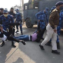 किसान न्याय मार्च में पुलिस से झड़प के बाद जाप प्रमुख पप्पू यादव को न्यायिक हिरासत में ले लिया गया.