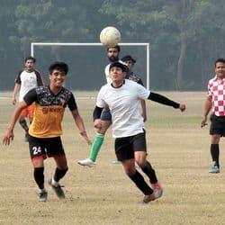 हेमवती नंदन बहुगुणा फुटबाल प्रतियोगिता में सनराइज ए और बी ने जीत दर्ज की.