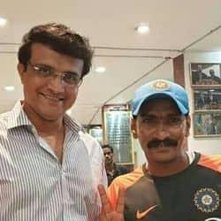 सचिन तेंदुलकर के सुपर फैन सुधीर कुमार गौतम को भारत-इंग्लैंड टेस्ट मैच के लिए परमिशन मिली.(फाइल फोटो)