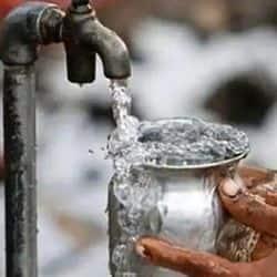 यजलापूर्ति के जरिए मिलने वाला पानी दूषित, नगर निगम ने नहीं की कोई कार्रवाई.