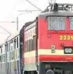 13 जोड़ी पैसेंजर स्पेशल ट्रेनों का परिचालन 8 मार्च से शुरू हो जाएगा. (प्रतिकात्मक फोटो)