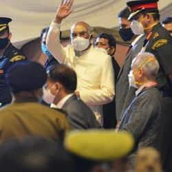 शनिवार को राष्ट्रपति रामनाथ कोविंद वाराणसी पहुंचे.