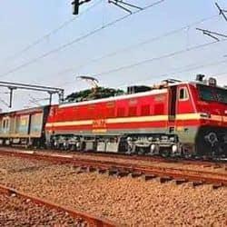 पटना जनशताब्दी एक्सप्रेस ट्रैक पर लौटी, 31 मार्च से पुराने समय पर चलेगी ट्रेन