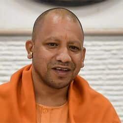 यूपी सरकार के प्रवक्ता और मंत्री सिद्धार्थ नाथ सिंह ने पत्रकारों से बातचीत की.