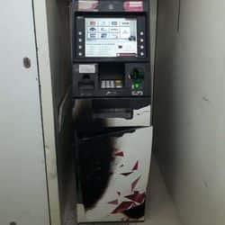 वाराणसी: ATM का टूटा लॉक, पुलिस को 27 लाख 71 हजार रुपए गायब होने की शिकायत