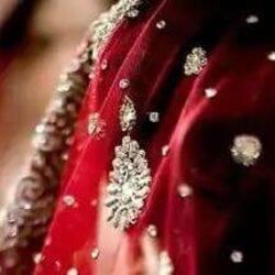 बिहार के एक गांव में पंचायत ने गर्भवती प्रेमिका की प्रेमी से शादी कराई. प्रतीकात्मक तस्वीर
