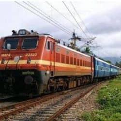 रेलवे की सौगात, महाराष्ट्र और गुजरात से बिहार के लिए चलेंगी 4 जोड़ी स्पेशल ट्रेन (प्रतिकात्मक फोटो)