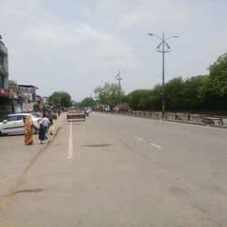लखनऊ में कोरोना रोकने को व्यापारियों ने लगाया लॉकडाउन, कब बंद होगा बाजार (प्रतीकात्मक तस्वीर)