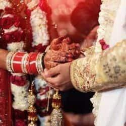 कोरोना संक्रमण को देखते हुए इंदौर डीएम ने जिले में शादी पर रोक लगा दी है. प्रतीकात्मक तस्वीर