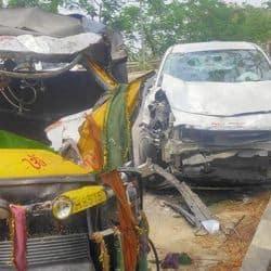 पटना: तेज रफ्तार कार ऑटो से भिड़ी, दो लोगों की हुई मौत