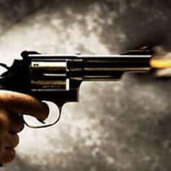 दूसरी जाति में प्रेम विवाह से मना करने पर बेटे ने फिरौती देकर कराई पिता की हत्या (प्रतीकात्मक तस्वीर)