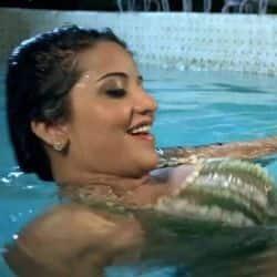 Monalisa Khesari Lal Yadav Song Ghadi Me Bajal Bate Aab Shadhe Tin