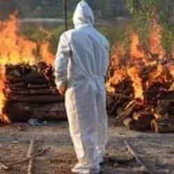 भयावह! एक महीने में जले 3500 कोविड शव, अंतिम संस्कार में लगी एक करोड़ की लकड़ी