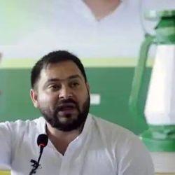 तेजस्वी यादव ने ग्रामीण स्वास्थ्य यांत्रिकी रिपोर्ट के आधार पर नीतीश सरकार पर हमला किया. (फाइल फोटो)