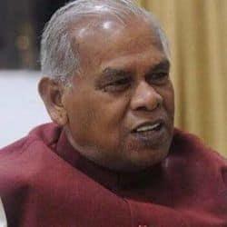 बिहार के पूर्व मुख्यमंत्री जीतन राम मांझी ने कोरोना को रोकने के लिए नीतीश कुमार को गांवों के स्वास्थ्य केंद्रों को दुरुस्त करने की सलाह दी है.