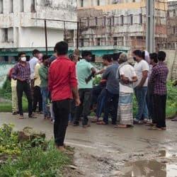 नगर डीएसपी रामनरेश पासवान और डीआईयू की टीम मामले की जांच में जुट गई है.
