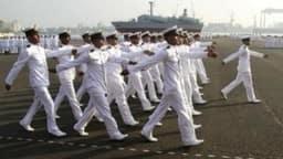 Indian Navy Matric Recruitment 2019: भारतीय नौसेना में 10वीं पास के लिए भर्तियां, पढ़ें पूरी डिटेल