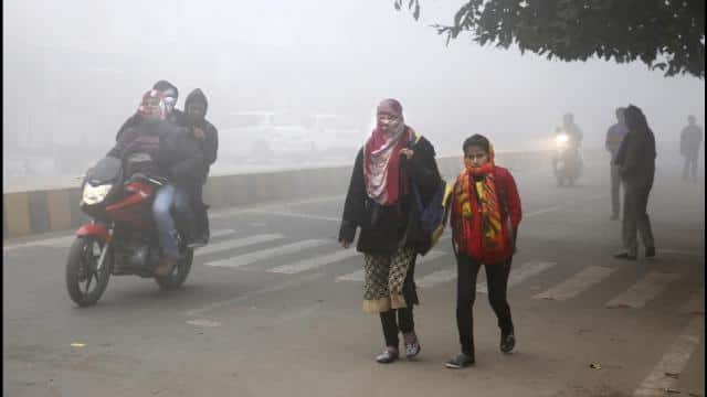 Cold wave in North India as mercury continues to dip