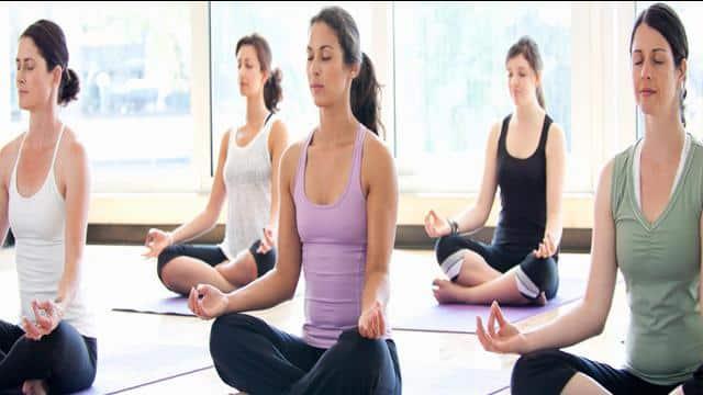 ७ सरल योग आसन: जसले गर्धनको दुखाईबाट मुक्ति दिन्छ