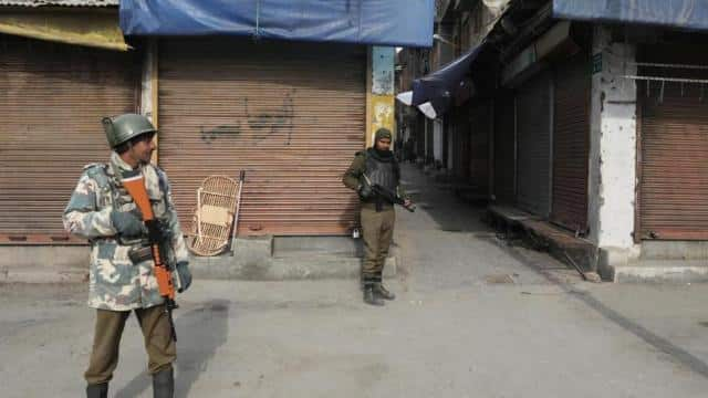 Major was not at Shopian firing spot, claim Army sources