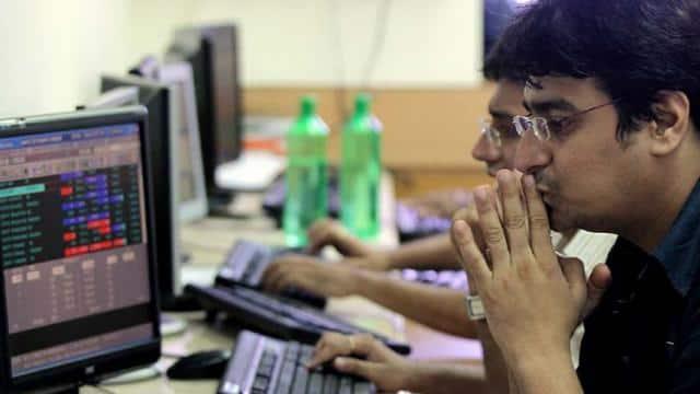 Share Market को रास नहीं आया बजट, 793 अंकों की गिरावट के साथ बंद हुआ Sensex
