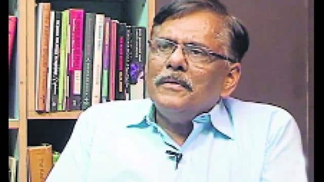 विभूति नारायण राय पूर्व आईपीएस अधिकारी