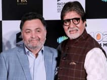 Amitabh Bachchan and Rishi Kapoor at the song launch of film 102 Not Out