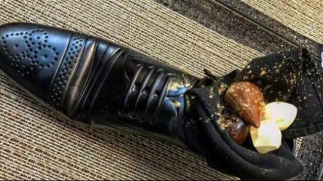 जूते में खाना