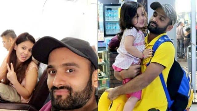 Monu Singh with Dhoni family