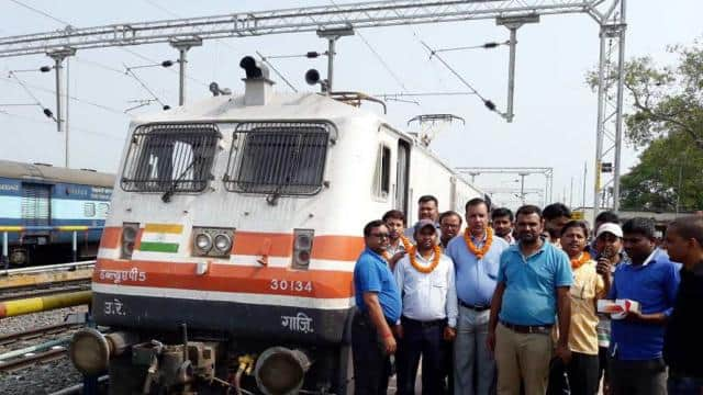 good news electric engine train now start between saharsa-mansi rail section