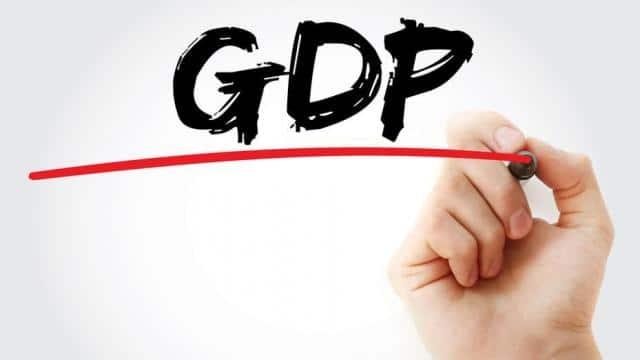 कई अर्थशास्त्रियों ने 7.5 से 7.7 फीसदी का भी आंकड़ा दिया है।